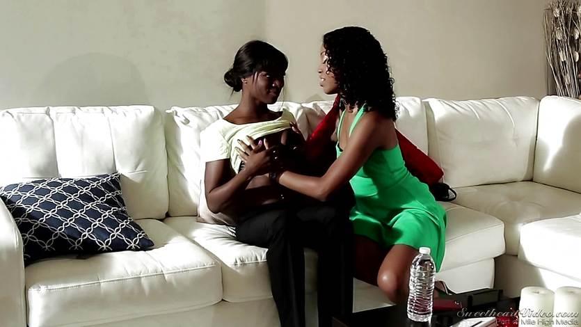 Free tiny ebony lesbian videos