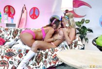 Pussy-eating-beauties-Jessa-Rhodes-and-Abigail-Mac